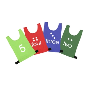 NUMBERED NYLON BIBS